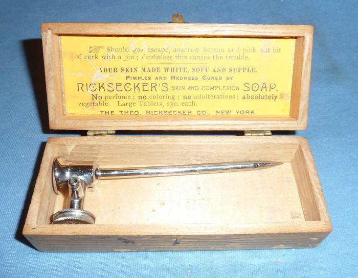 """1876 Bentley Patent """"Lawrence Tap"""" Original Box"""