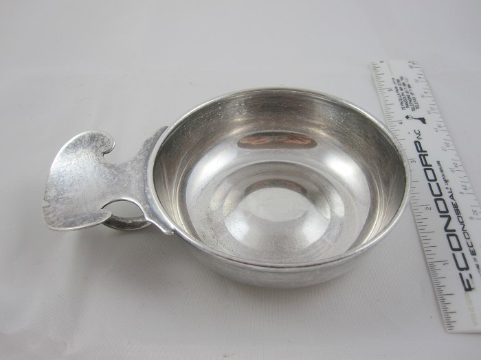 Early English Silver Wine taster / Taste-vin cup,