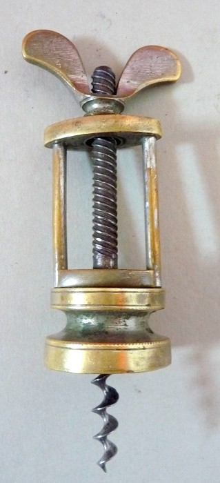 Two columns brass corkscrew