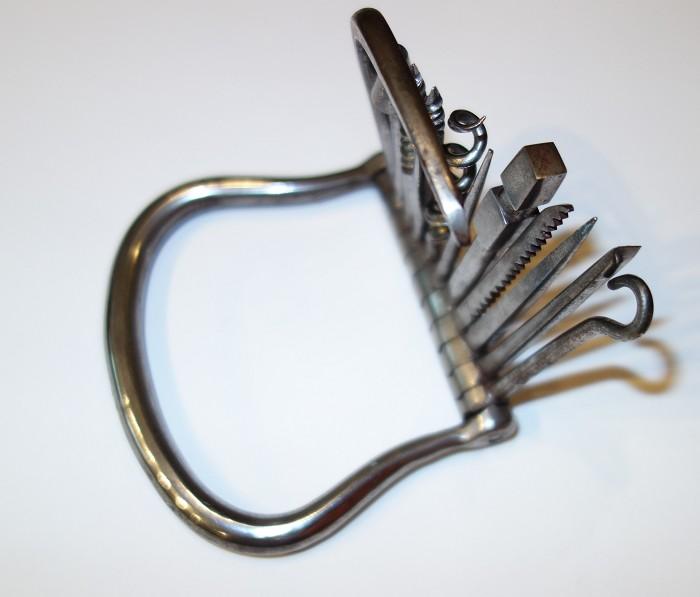 11 Tool Barrett Bow Corkscrew