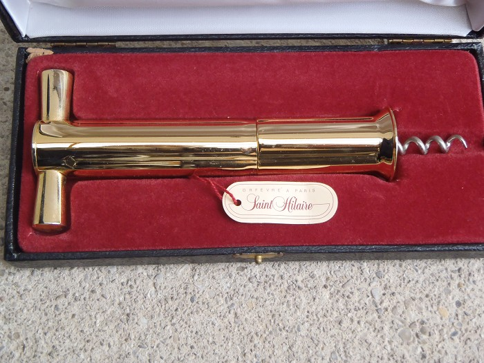 French St. Hilaire telescopic patent corkscrew gold NIB !