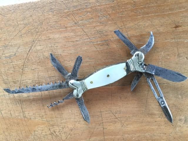Couteau de poche Nacre Belge