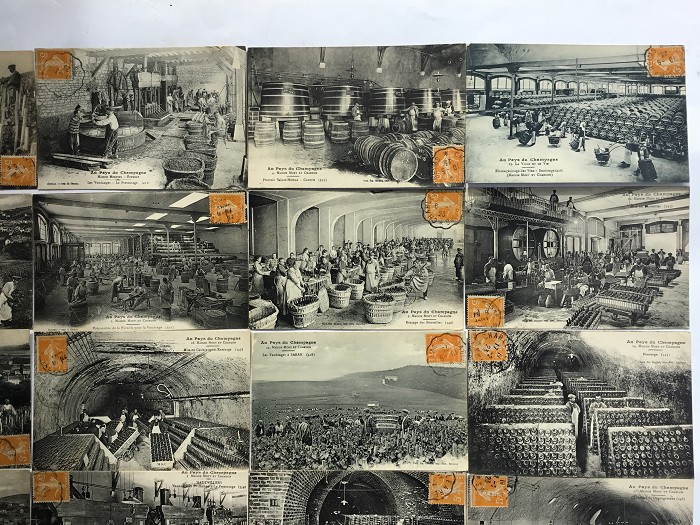LOT DE 19 CARTE POSTALES CHAMPAGNE MOËT & CHANDON MERCIER