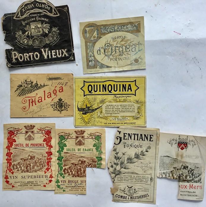 LOT D'ANCIENNES ÉTIQUETTES DE VIN DÉBUT 1900