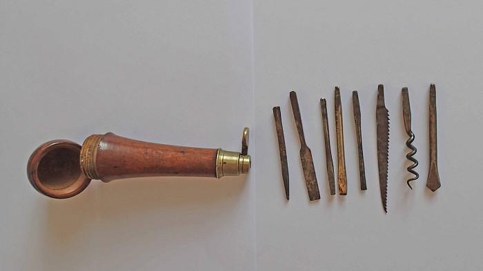 English or German Tool Kit