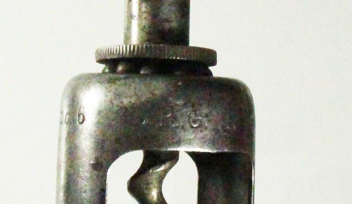 rare German registered design marked MOD6 and D. R. G. M.