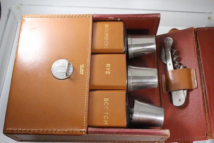 a nice set with leather etui  and a HEBEL marked corkscrew