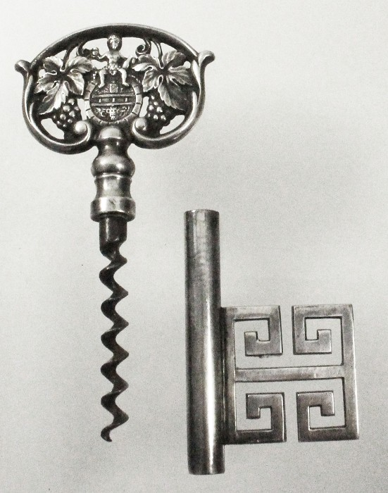 silver plated nice key marked 90, putty & grapes