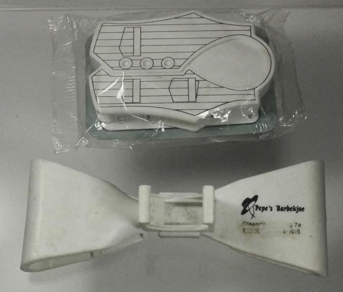 5 contemporary corkscrews, several design patents