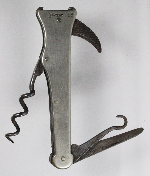 Shooting knife marked SPRATT'S PATENT and WESTBY