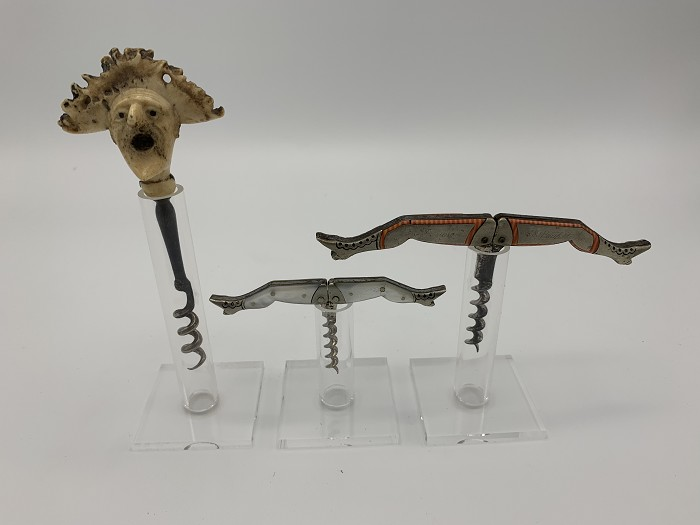 30 display supports Acrylic for corkscrews collection. 50 mm