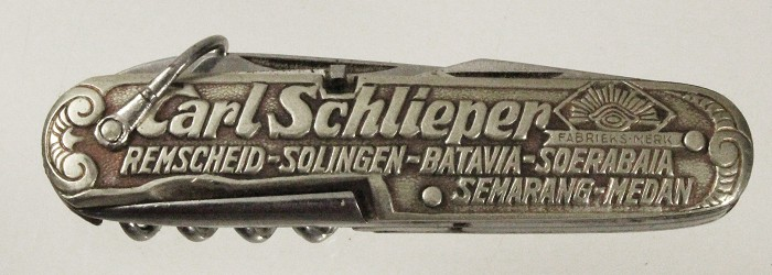 Marked CARL SCHLIEPER SOLINGEN on tangs and scales