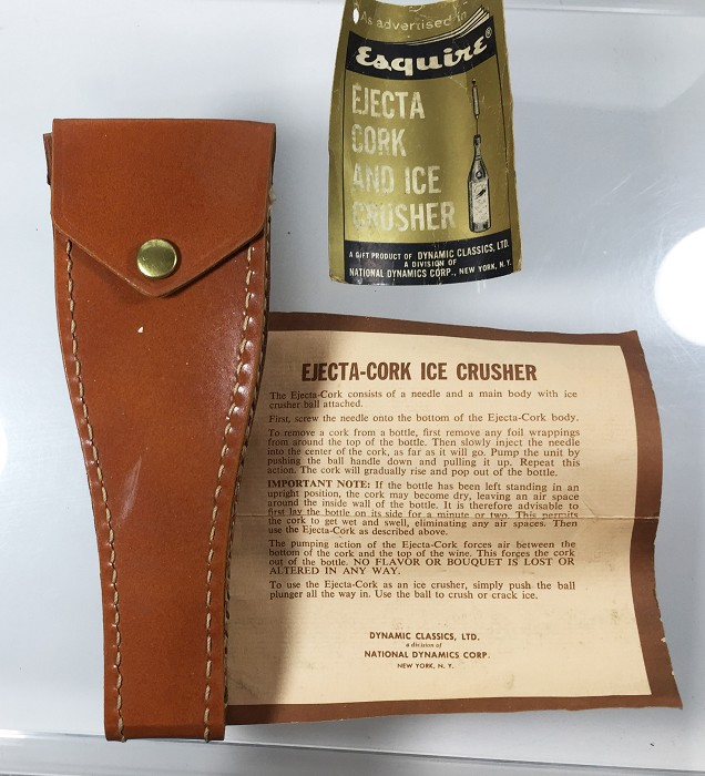 EJECTA CORK EXTRACTOR ICE CRUSHER in leather case