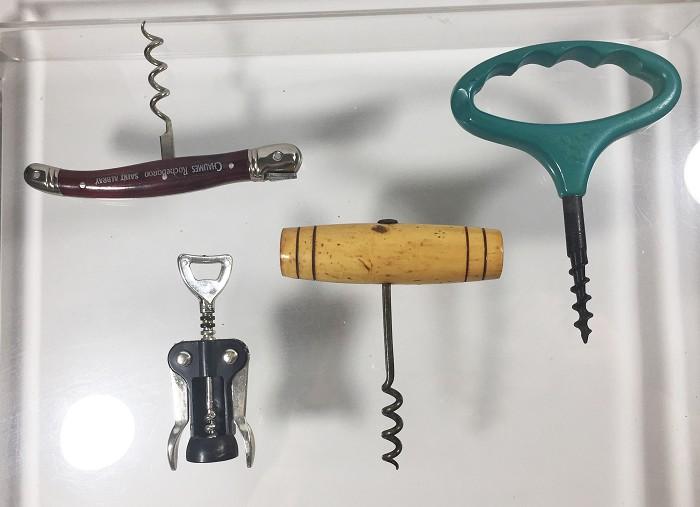 4 corkscrews. miniature double lever, Languiole, REG.DESIGN.
