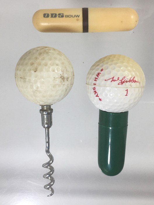Two roundlets and a T, two golf ball-shaped