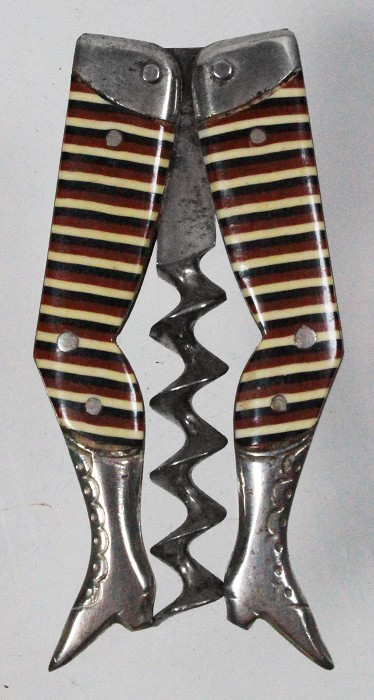 Early Reimer legs with three-colour stripes black/maroon/yel